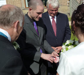 Duncan Williams Wedding magician Nottingham Derby UK