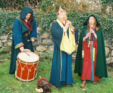 Nonimus Minstrels, medieval musicians available to book through Aurora's Carnival Entertainment Agency.